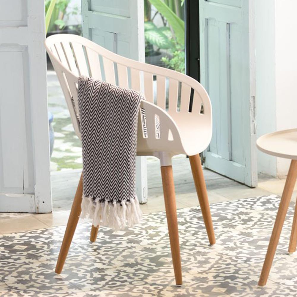 Ghế ngoài trời NASSAU nhựa màu trắng, chân nhôm màu gỗ